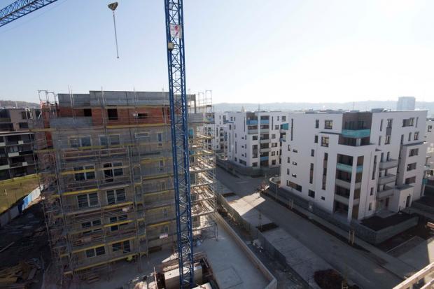 Na dalších rezidenčních stavbách společnosti YIT vlají glajchy