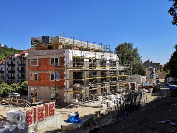 Geosan Development: Na komorním projektu Rezidence Neklanka zavlála glajcha